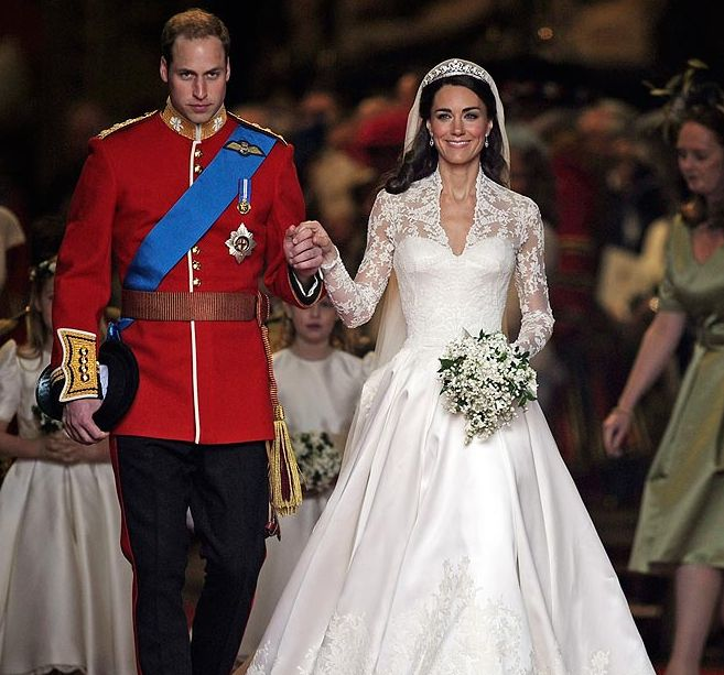 Kate Middleton Gown Wedding: C'est La Vie